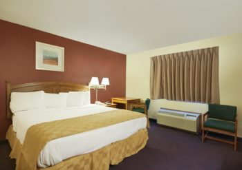 Red Roof Inn – Palmdale